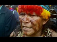 """""""Los Shuar decimos: Señor Presidente, respétenos. No envíe a sus ministros, venga usted a hablar con nosotros"""". Correa no recibió a la Marcha a su arribo a Quito ni dialogó con sus dirigentes."""