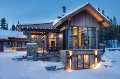 This mountain modern home designed by Centre Sky Architecture and Peace Design is sited in the Spanish Peaks Mountain Club, Big Sky, Montana.