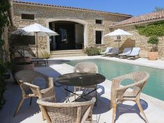 Exceptional house in the heart of the village of Gordes - Gordes Stone House Plans, Outdoor Spaces, Outdoor Living, Provence Garden, French Exterior, Hotel Pool, Mediterranean Homes, French Country House, Stone Houses