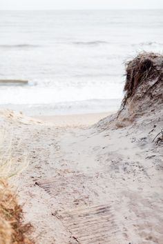 a sandy pathway towards the irish sea in the setting sun in ireland Ireland Beach, Irish Sea, Wind And Rain, Engagement Shoots, Photoshoot, Sun, Wallpaper, Photography, Engagement Photos