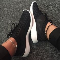 Nike Black White Juvenate Flyknit new without box! worn only twice! reposh! Nike Shoes Athletic Shoes