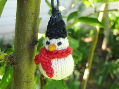 a little Knitted Snowman Pattern for Christmas from Linda @ Natural Suburbia