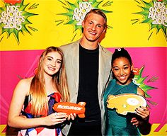 Willow Shields, Amandla Stenberg and Alexander Ludwig accept the KCA for 'Favorite Movie: Hunger Games' 3/23/2013