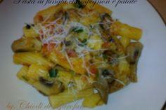 Pasta ai funghi champignon e patate Cliccate qui per la ricetta: http://blog.giallozafferano.it/chiodidigarofano/pasta-funghi-champignon-patate