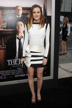Vom Gossip Girl zur Classy Lady: Leighton Meester in Balmain  Mehr Looks des Tages gibt es bei ICON online: http://www.welt.de/icon/article124496720/Leighton-Meester-in-Balmain.html