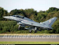 Royal Air Force Eurofighter Typhoon F.2  http://www.airlinefan.com/airline-photos/Royal-Air-Force/Eurofighter/Typhoon/ZJ802/1683008/