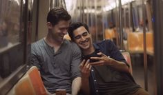 APPLE'S NEW IPHONE 7 ADVERT INCLUDES A SAME-SEX COUPLE
