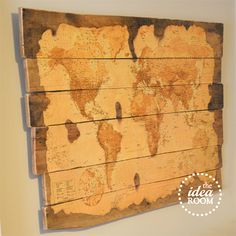 Wood Pallet Map @Amy Huntley (TheIdeaRoom.net)