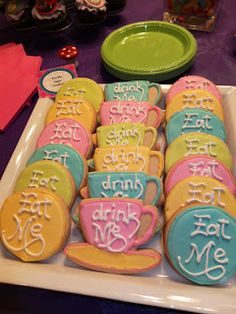 Alice in Wonderland Party Sugar Cookies--could write 'Eat Me' on the oreos for fondue