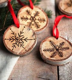 Etched Snowflake Ornaments | Homemade Christmas Ornaments