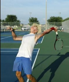 How To Develop A Deep Drop / Loop In The Serve | Feel Tennis