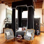 A Dramatic Classic Worth Considering: Black & White Upholstery | Apartment Therapy