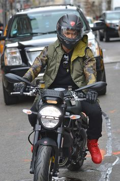 Usher Photos: Usher Raymond buys himself a Ducati motorcycle and then takes to the streets of New York City on his new bike