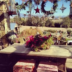 """Tracy Porters California countryside ranch ...-""""Happy holidays ~ cheers, love + peace xx #tracyporter #poeticwanderlust #holidays #countryliving"""""""
