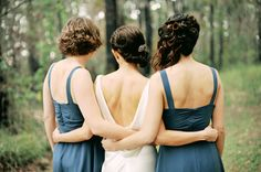 I will get a pic like this with my co-maids of honor!