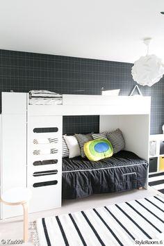 lastenhuone,tapetti,klassinen,mustavalkoinen,kerrossänky Bunk Beds, Kids Room, Koti, Cabinet, Storage, Room Ideas, Inspiration, Furniture, Home Decor
