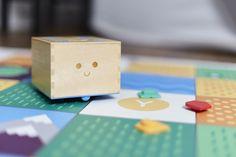 子供がプログロラミングを覚えるおもちゃ「Cubetto」が3Dプリンターとコラボ!