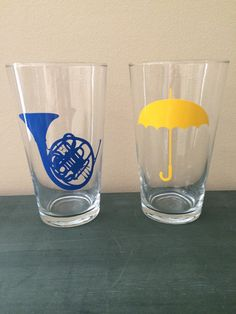 How I Met Your Mother Pint Glass Set by FandomHearts912 on Etsy