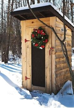 Christmas Country Out House (1) From: Uploaded by user, no url
