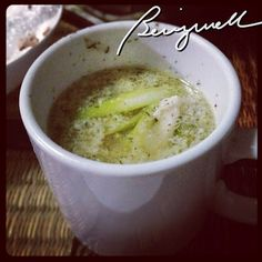 Try this very easy Chicken Asparagus Soup Recipe. It's a refreshing hot dish. Chicken Asparagus, Tasty, Yummy Food, How To Cook Chicken, Soup Recipes, Nom Nom, Paleo, Appetizers, Favorite Recipes