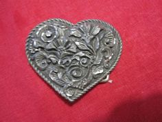 3-D Heart Belt Buckle Diamond Etched Flowers Pewter EJC@95 USA Vintage #EJC #Classic