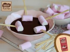 Fondue de chocolate con leche y nubes