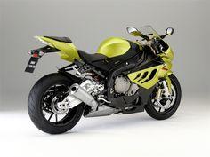 BMW S1000RR (2010) - Hersteller:BMW Land: Baujahr:2010 Typ (2ri.de):Superbike Modell-Code:k.A. Fzg.-Typ:K46 Leistung:193 PS (142 kW) Hubraum:999 ccm Max. Speed:299 km/h Aufrufe:6.558 Bike-ID:2177