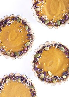 Easy, mini vegan pumpkin pie recipe from Clean Food Dirty City. cc: @KitchenAidUSA #ad