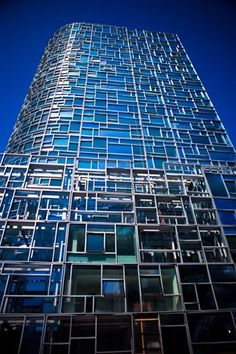 I'm not a huge Jean Nouvel fan, but this facade in NYC is a great contribution to the neighborhood.