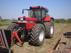 Case IH 1455 XL with front linkage