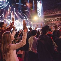 Primeiros Dias de Hillsong Conference - Speak, We're Listening - em Allphones Arena | Stefany