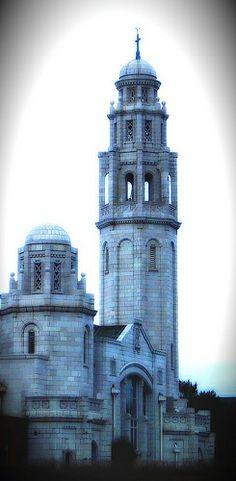 white church lytham st annes. les dawson was married here.