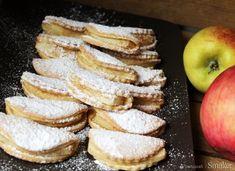 Jabłka w szlafroczkach. Pyszne i kruche z plasterkami jabłek w środku - Planeta Life French Toast, Breakfast, Food, Morning Coffee, Essen, Meals, Yemek, Eten