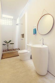 Baño en Mesa de Yeguas Anapoima Bathtub, David, Bathroom, Architectural Firm, Urban Design, Architects, Interiors, Standing Bath, Bath Room