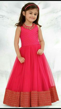 Designer Gowns for Girls. Buy online children's gowns dresses & frocks at best price for 1 to 16 years girls. Shop girls designer gowns for Wedding, Birthday, Party & Festival wear. Gowns For Girls, Frocks For Girls, Little Girl Dresses, Girls Dresses, Long Frocks For Kids, Eid Dresses, Dress Girl, Winter Dresses, Girls Frock Design