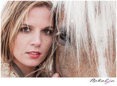 girl and horse meisje en paard eye oog