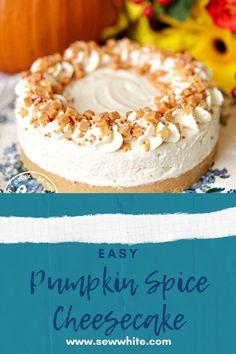 Great Desserts, Fall Desserts, Delicious Desserts, Dessert Recipes, Christmas Cheesecake, Pumpkin Cheesecake, Baked Cheesecake Recipe, How To Make Pumpkin, Fire Works