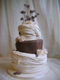 #chocolate Wedding #cake www.finditforweddings.com