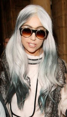 Lady Gagas London hairstyles