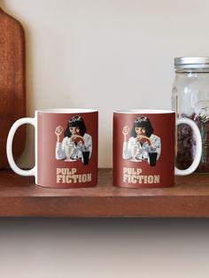 Pulp Fiction Mug Mia Wallace, Quentin Tarantino, Pulp Fiction, Fan Art, Film Movie, Les Oeuvres, Cinema, Mugs, Coffee