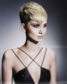 short bob hairstyle for woman