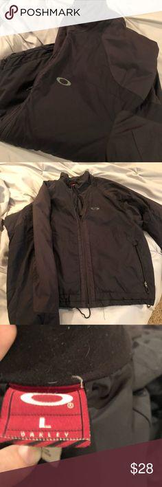 5d0c1fe8211d5 Oakley jacket Black jacket size large Warm waterproof jacket Zip up pockets Oakley  Jackets   Coats Lightweight   Shirt Jackets