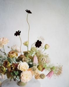 A boutique floral design company that specializes in weddings and events in New York City and World-Wide. Wedding Flower Arrangements, Flower Centerpieces, Winter Floral Arrangements, Wedding Centrepieces, Winter Wedding Flowers, Floral Wedding, Whimsical Wedding Flowers, Summer Wedding, Decoration Table