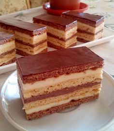 Sweet Desserts, Easy Desserts, Sweet Recipes, Cake Recipes, Dessert Recipes, Hungarian Desserts, Hungarian Recipes, Burek Recipe, Cake Slicer