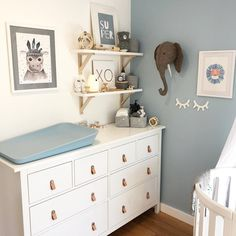 Baby Boy Nursery Room İdeas 657173770612819714 - Sweet and also Simple Nursery Designs – Source by Baby Bedroom, Baby Boy Rooms, Baby Room Decor, Baby Boy Nurseries, Nursery Room, Girl Nursery, Ikea Nursery, Babies Nursery, Nursery Wall Decor
