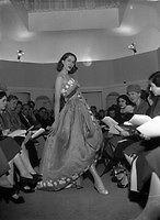 Fashions - Sybil Connolly Fashion Show, Spring Collection in Dublin Ireland. Irish Fashion, Dublin Ireland, Photo Archive, Spring Collection, Fashion Show, Vintage Fashion, Concert, Image, Concerts