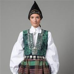 Traditional Norwegian folk costumes - Page 4 Folk Costume, Costume Dress, Costumes, Norwegian Fashion, Folk Clothing, Ethnic Dress, Bridal Crown, Traditional Dresses, Folklore