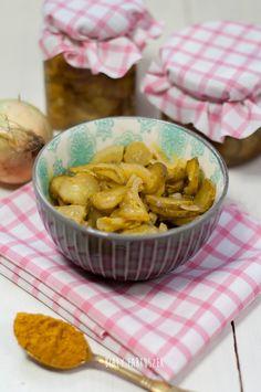 Biały fartuszek: Mizeria z curry na zimę