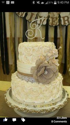 50th anniversary cake by Rita Bridges. Isn't it gorgeous?