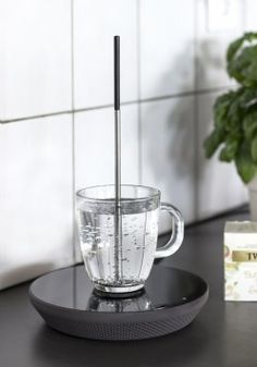 Miito by NILS CHUDY - Reimagine the Electric Kettle, heat water by induction right in your cup.  awesome.